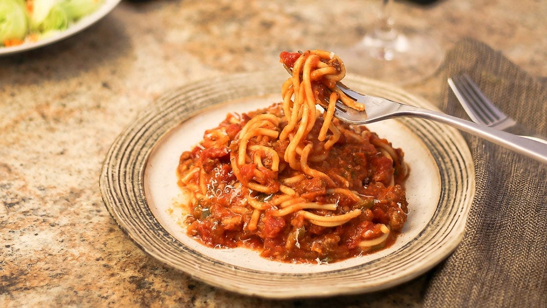 ninja foodi spaghetti on a plate