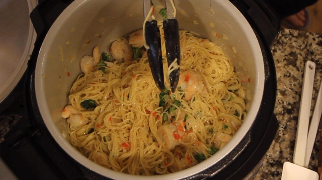 Finished easy shrimp scampi in pot of ninja foodi