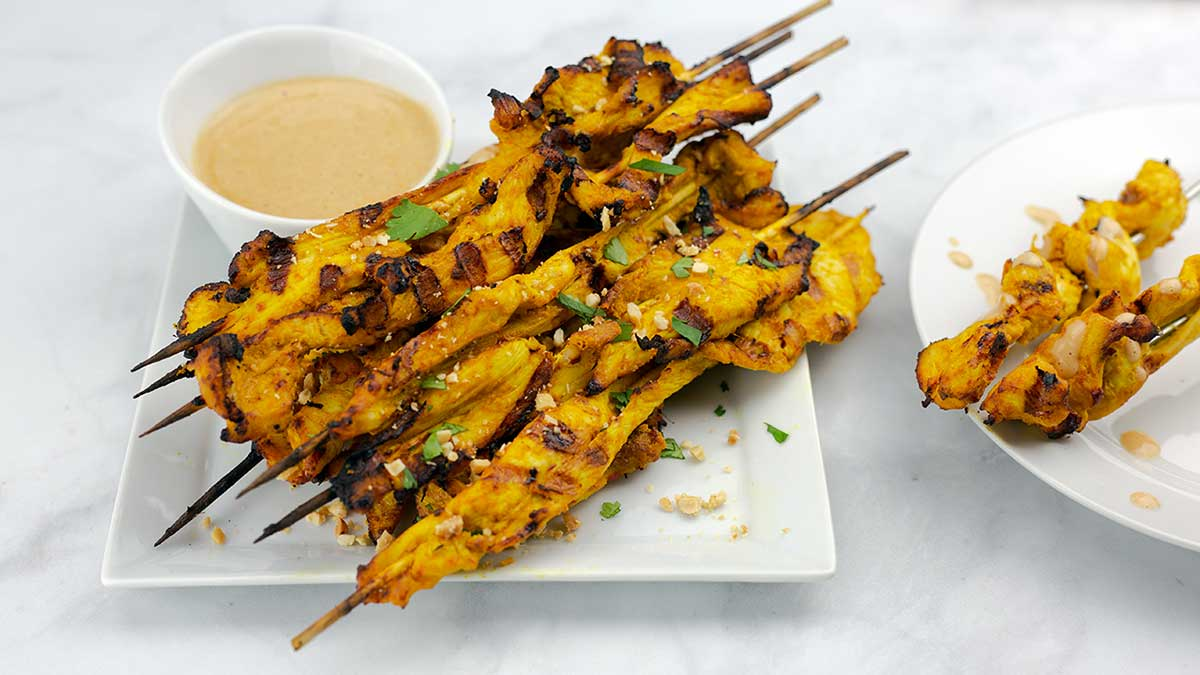 Chicken Satay on Skewers with peanut sauce