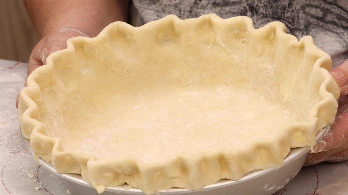 Homemade  Pie Crust with scalloped edges